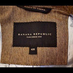 Banana Republic Suits & Blazers - Banana Republic Men's cotton herringbone BLAZER